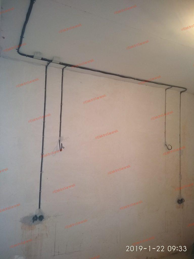 монтаж кабелей по потолку
